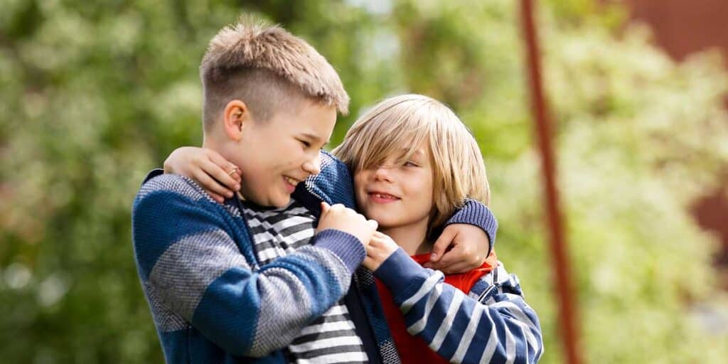 lapset halaavat
